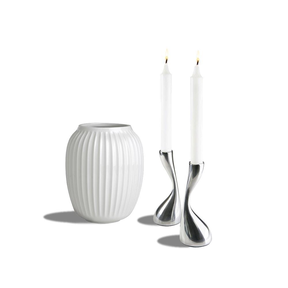 Curve lysestager og Hammershøi vase